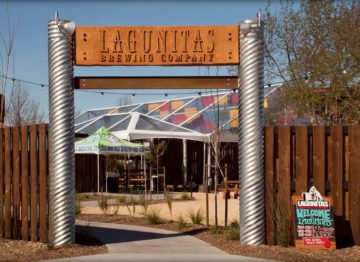 Lagunitas Brewery in Petaluma entrance to patio